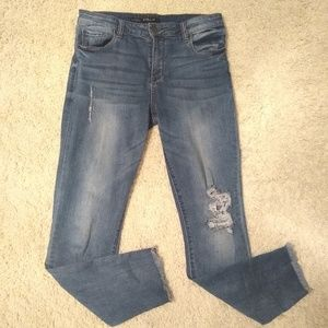 High rise destructed ankle jeans
